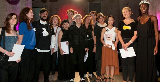 Rodrigo Acosta y Anna Norrgrann, ganadores de los premios Enjoia't 2014 que organiza la asociación catalana de artesanos (A-FAD)
