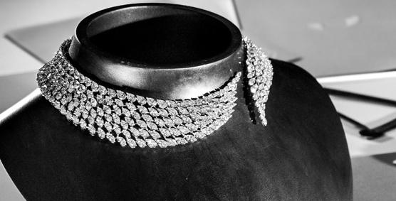 Mesikka celebra aniversario y apuesta por la joyería con diamantes