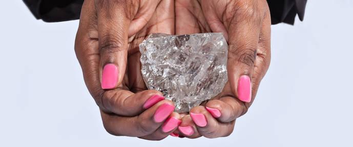 El segundo diamante más grande del mundo ya tiene nombre: Lesedi la Rona ('nuestra luz')