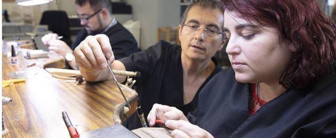 'El oficio de joyero tiene peculiaridades que nunca podrán cubrir las nuevas tecnologías'