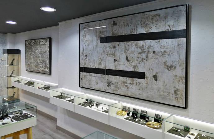 El joyero Luis Méndez acoge en su galería una muestra de pintura