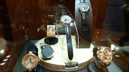 Las firmas relojeras independientes suizas intentan abrirse paso