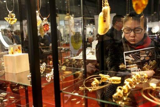 Amberif mantiene la 25ª edición de su concurso de diseño de joyas con ámbar