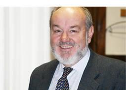 El académico Benjamín Calvo se postula como presidente del IGE
