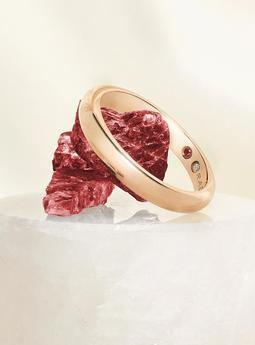 Rabat presenta 'Eternal Love': La llegada del rubí a las alianzas
