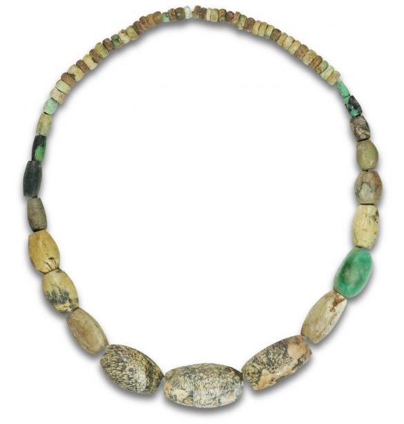 La joyería de autor pone en valor el oro verde de Cataluña: la variscita