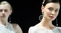 Majorica se sube a la pasarela de novias en Barcelona