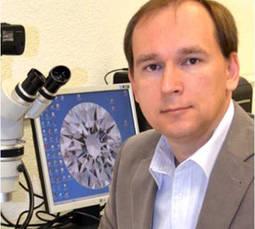 Egor Gavrilenko: <em>Los sintéticos nunca podrán tener la magia de los diamantes naturales</em>