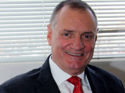 Ernie Blom es el presidente de la Federación de Bolsas de Diamantes, con sede en Amberes.