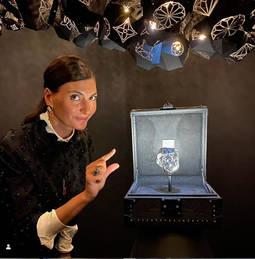 Giovanna Battaglia, durante la presentación del diamante de LVMH en París. Foto: Instagram.