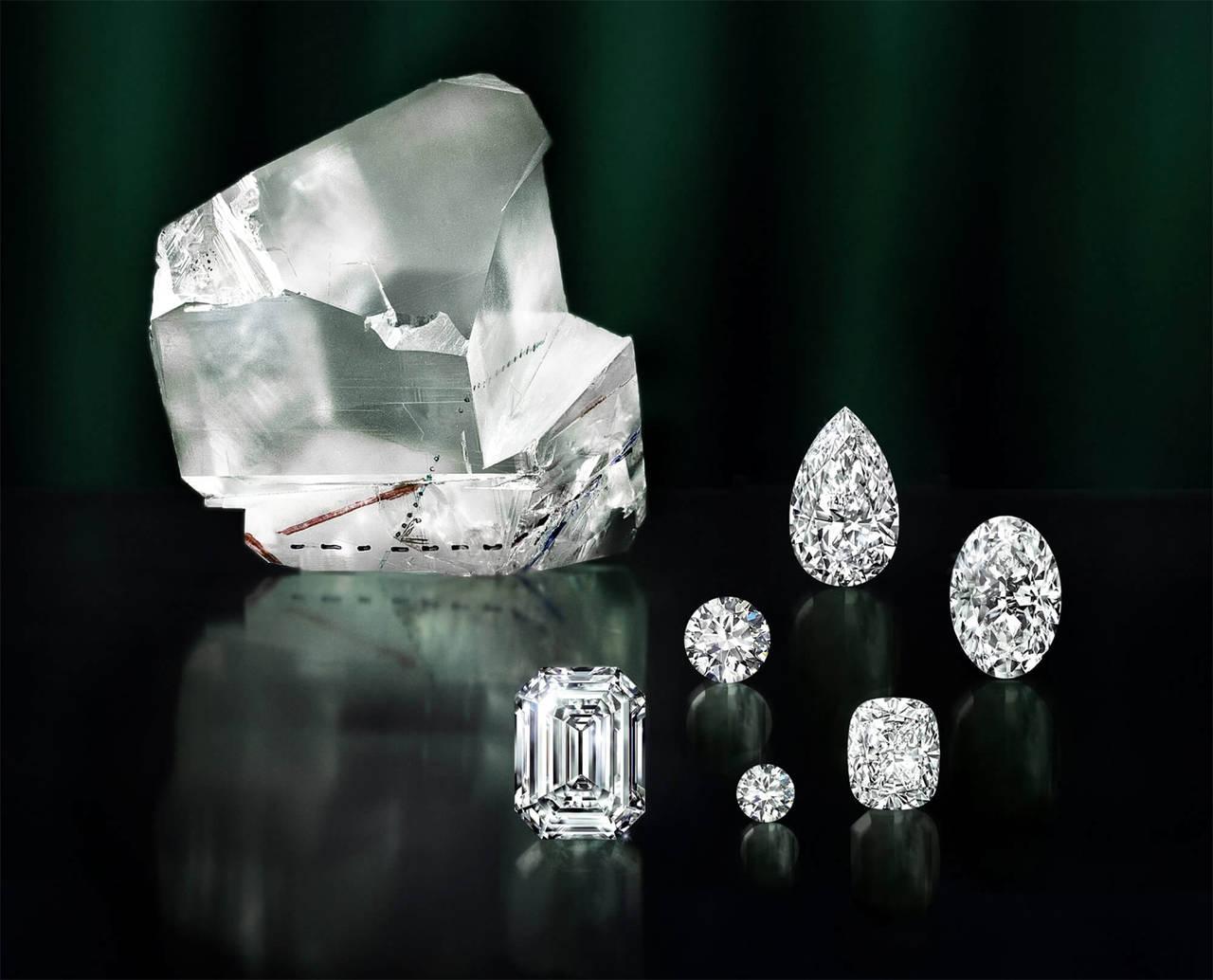 El diamante en bruto más grande del mundo muestra sus facetas
