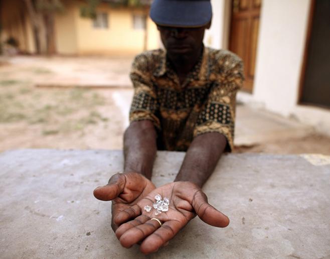 """La industria del diamante, acusada de """"reformas descafeinadas"""" en la defensa de los derechos humanos"""