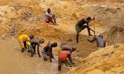 Los diamantes de <em>conflicto </em>aguardan las reformas prometidas