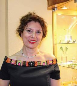 Laura Márquez: <em>La joya de autor puede llegar al gran público y seguir siendo única</em>