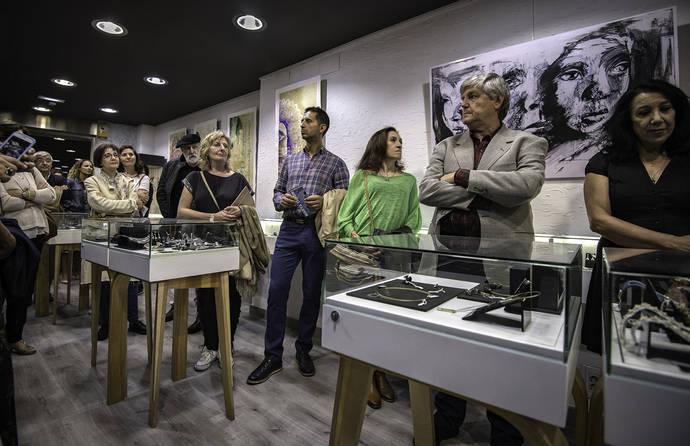 Luis Méndez y Dsnú llevan la Joyería a la final de los Premios Nacionales de Artesanía
