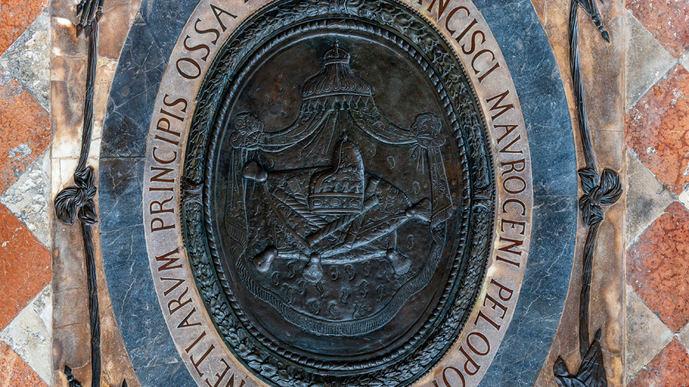 Pomellato ayuda a restaurar el monumento veneciano