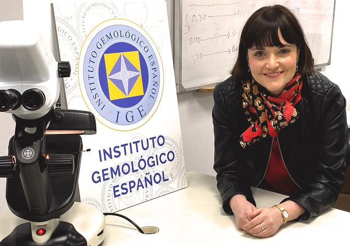 IGE: La tecnología no puede reemplazar la experiencia real de tener gemas y joyas en nuestras manos