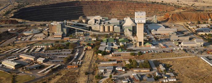 La quinta compañía minera de diamantes cuelga el cartel de Se Vende