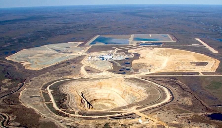 De Beers cierra una mina en Canadá