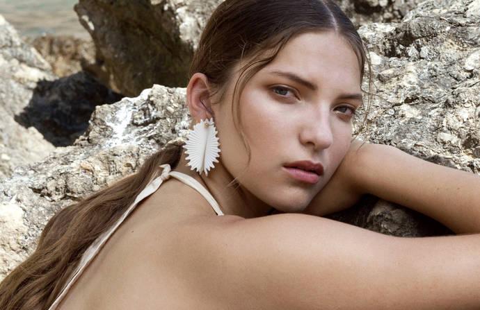 Lladró se sumerge en el Mediterráneo con su nueva colección joyera
