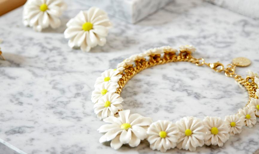 Las joyas en porcelana de Andrés Gallardo, premiadas en los<em> IED Awards</em>