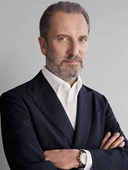 Alessandro Bogliolo es el CEO de Tiffany.