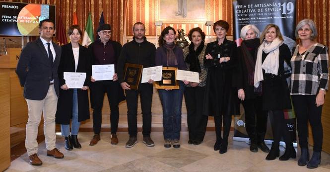 Galardonados en la XIX entrega de Premios a la Artesanía Creativa en Sevilla.