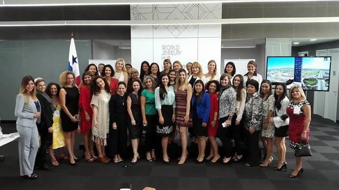 Las mujeres más brillantes buscan su espacio en la industria joyera