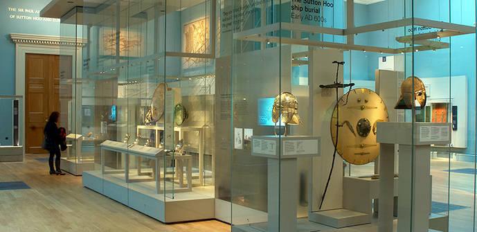 El Museo Británico da por perdido un anillo de Cartier
