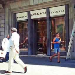 La tienda de Bulgari en el Paseo de Gracia en la que se pretendía llevar a cabo el hurto.