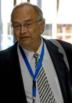 Carlos Miratvilles.