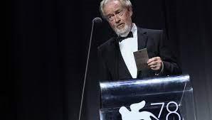 Y el Cartier Glory Filmmaker es para Ridley Scott