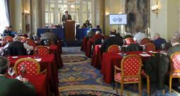 La subasta iba a celebrarse en el Hotel Palace de Madrid.
