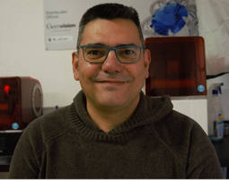 Chesco Díaz es diseñador, formador y distribuidor de software 3D.