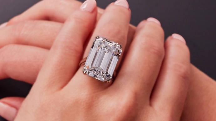 Christies destrona a Sothebys con la pieza más cara vendida online
