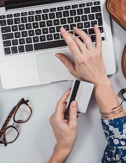 La venta online de joyas y relojes se disparó hasta el 45% el primer semestre