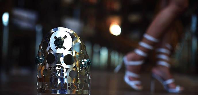 La Escuela de Vigo realiza una corona de Premio