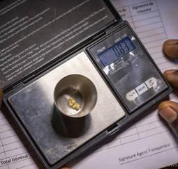 Europa financia el primer proyecto de trazabilidad de oro artesanal en Costa de Marfil