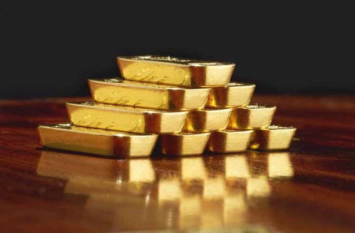 Antes de invertir, analice las diferencias entre oro físico y 'oro papel'