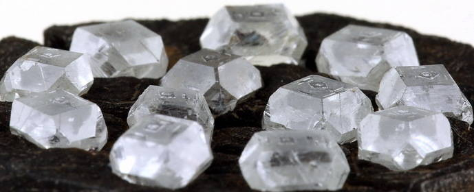 El consumidor aún percibe a los diamantes sintéticos como 'falsos'