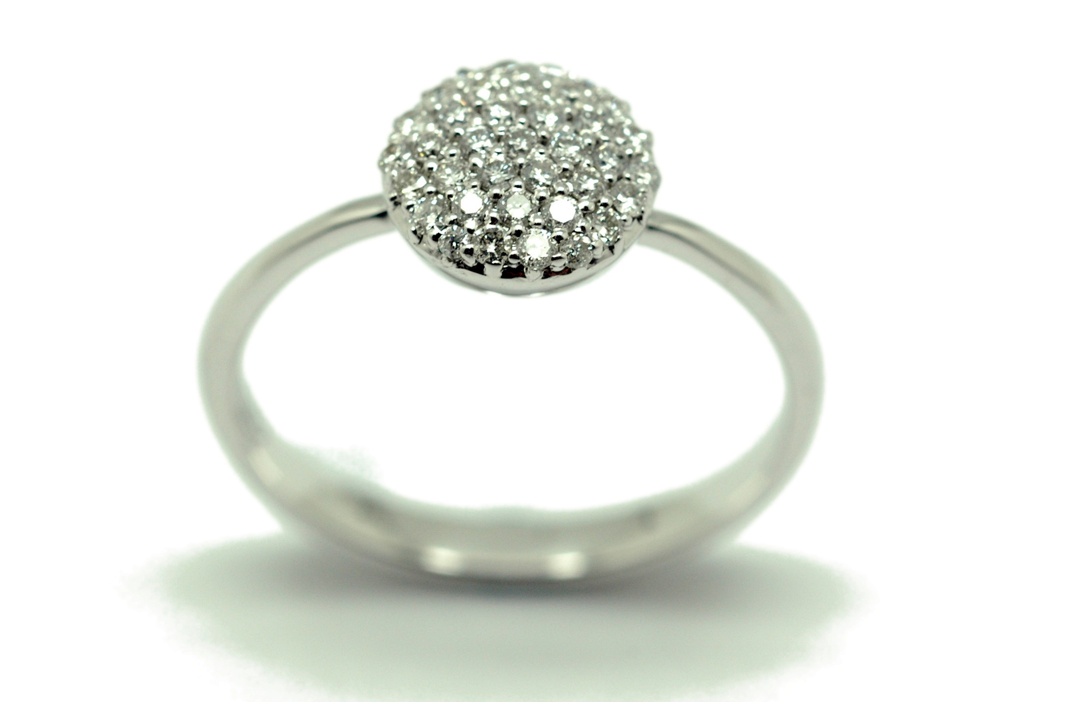 Los mileuristas también 'necesitan' diamantes