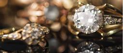 Luces y sombras en la compra de joyería con diamantes en España