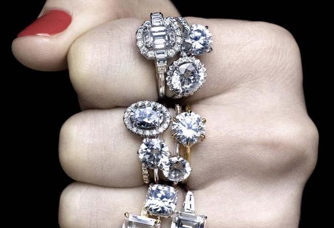 Tirón de orejas a un productor de diamantes sintéticos