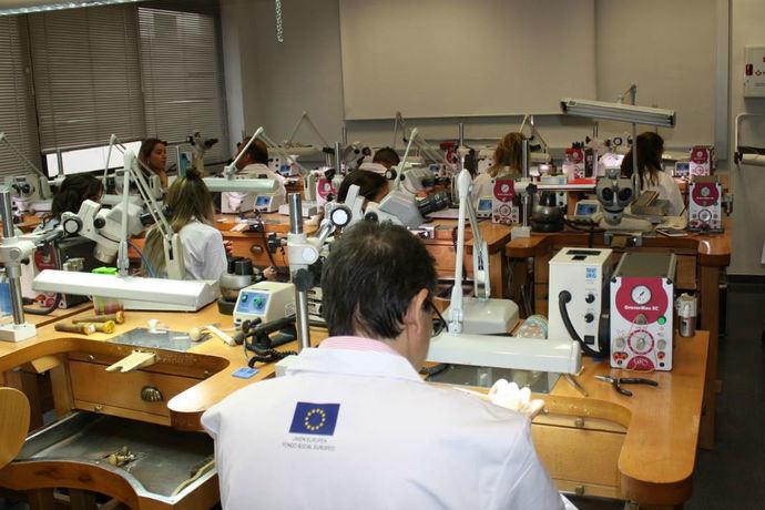 La Escuela de Joyería de Córdoba iniciará las especialidades de Diseño y Modelado 3D