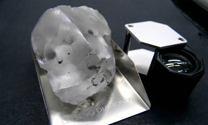 Encuentran en Sudáfrica el quinto mayor diamante del mundo