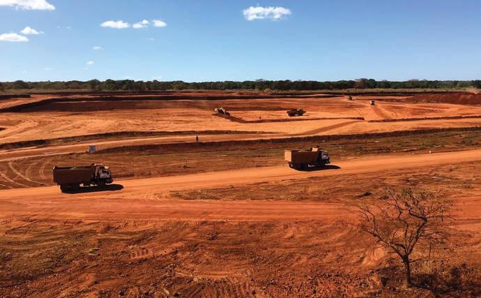 Una minera paga millones por abusos a la comunidad local