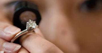 La Universidad de Alicante descubre la magia de las gemas
