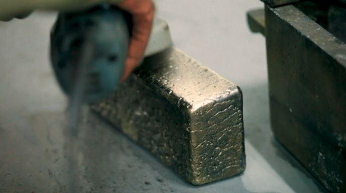 Azerbaiyán trabaja contra la economía sumergida del oro y la plata