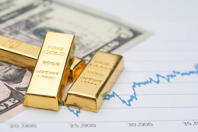 El oro despierta de su letargo y ya amenaza con los 1.800 dólares