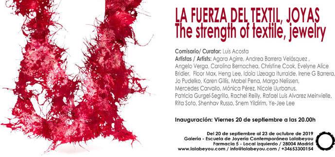 La exposición La fuerza del textil, joyas,en Madrid